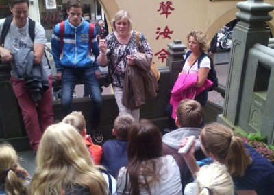 join us A'dam tour uitleg over De Wallen